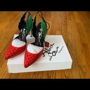 Alice and Olivia Strawberry Daiquiri Pump
